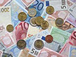 Euro coins and banknotes.jpg