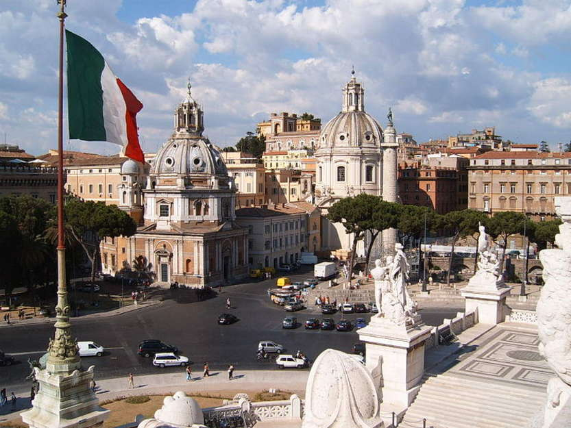 Tavolo per Roma - Photo by Markus Bernet