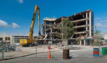 Ricostruzione post-sisma - Photo by Jocey K on Foter.com / CC BY-SA