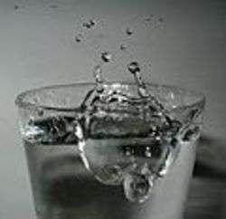 Water - Foto di Roger McLassus